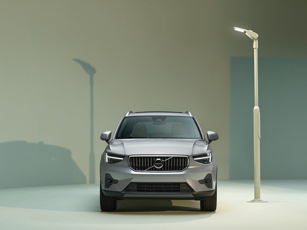 new volvo xc40. Black Bedroom Furniture Sets. Home Design Ideas