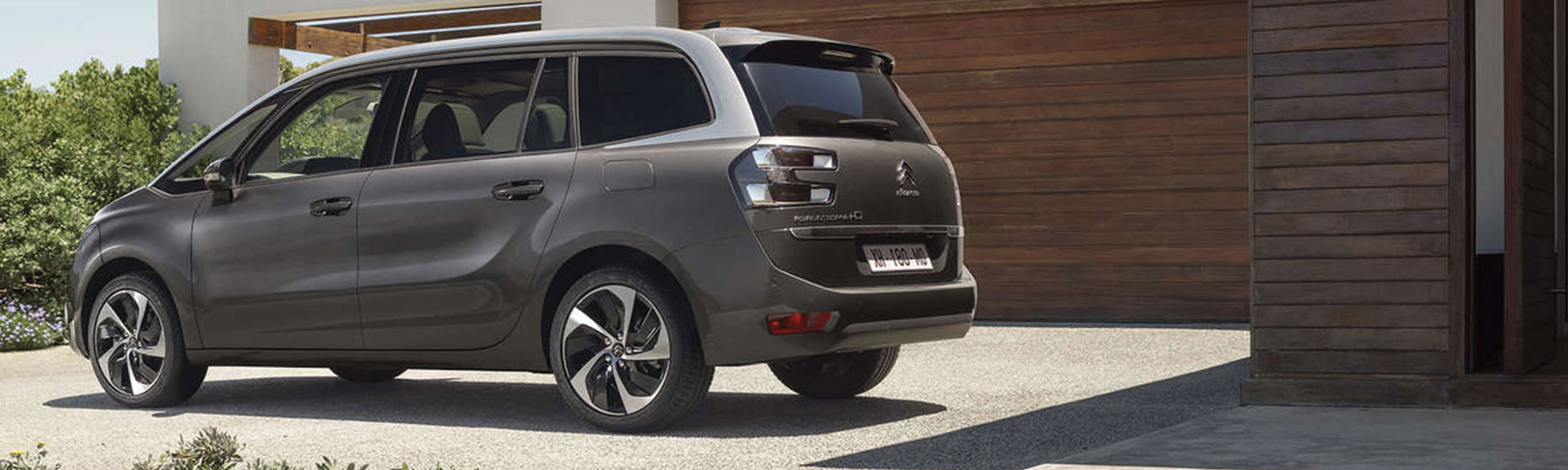 new citroen grand c4 picasso toomey motor group in essex. Black Bedroom Furniture Sets. Home Design Ideas