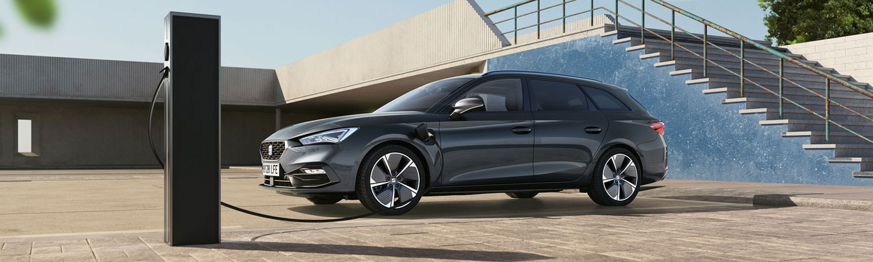SEAT Leon Estate e-Hybrid  (PHEV) New Car Offer