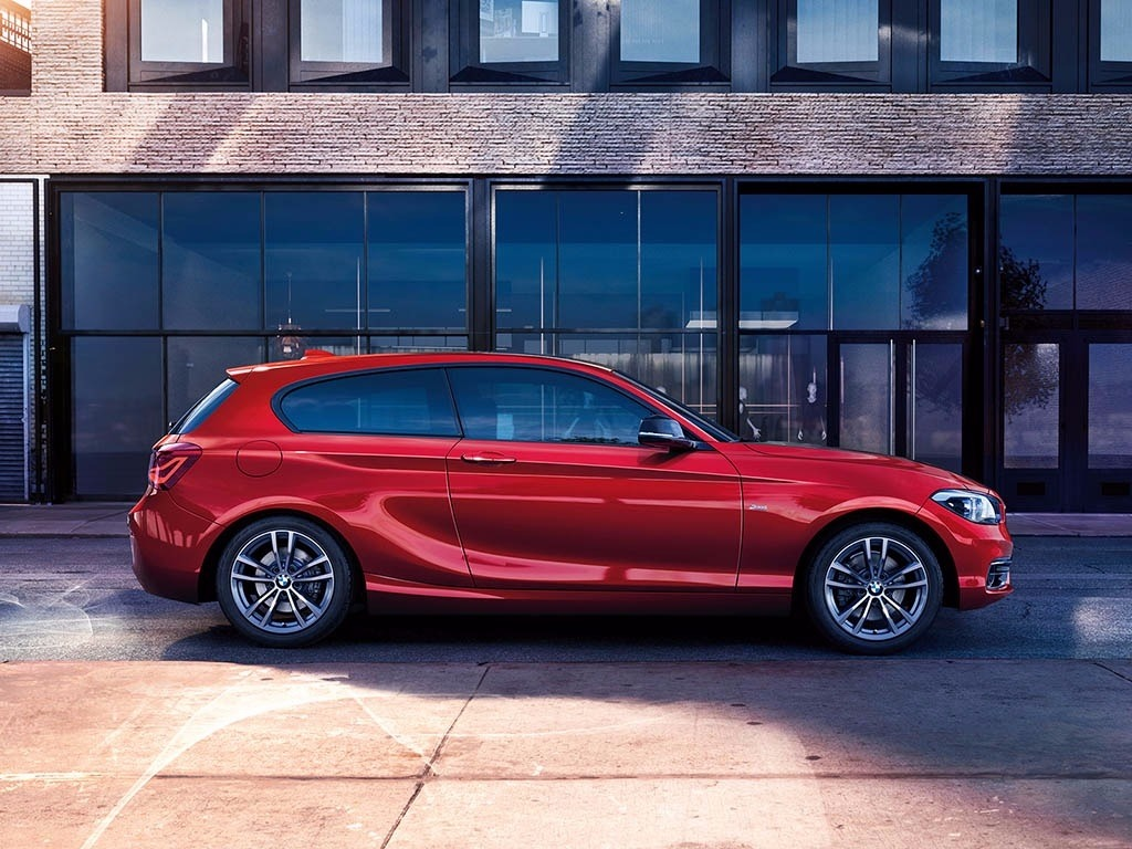 new bmw 1 series 3 door for sale barons chandlers bmw. Black Bedroom Furniture Sets. Home Design Ideas