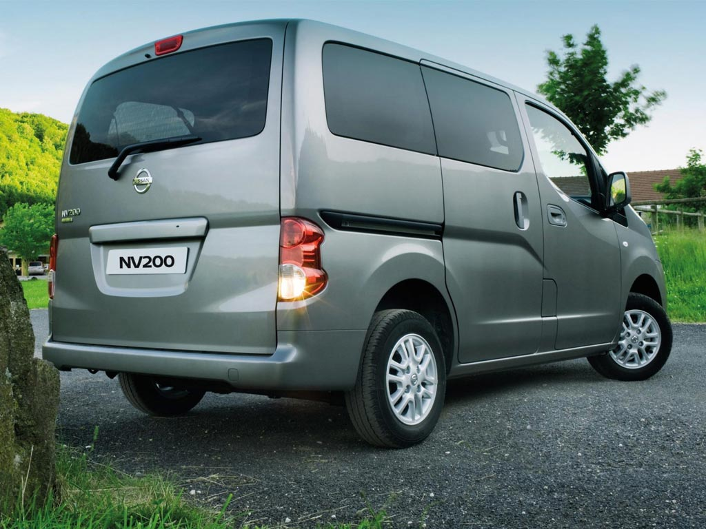 nissan nv200 cars with motability new nissan nv200 cars with quick delivery. Black Bedroom Furniture Sets. Home Design Ideas
