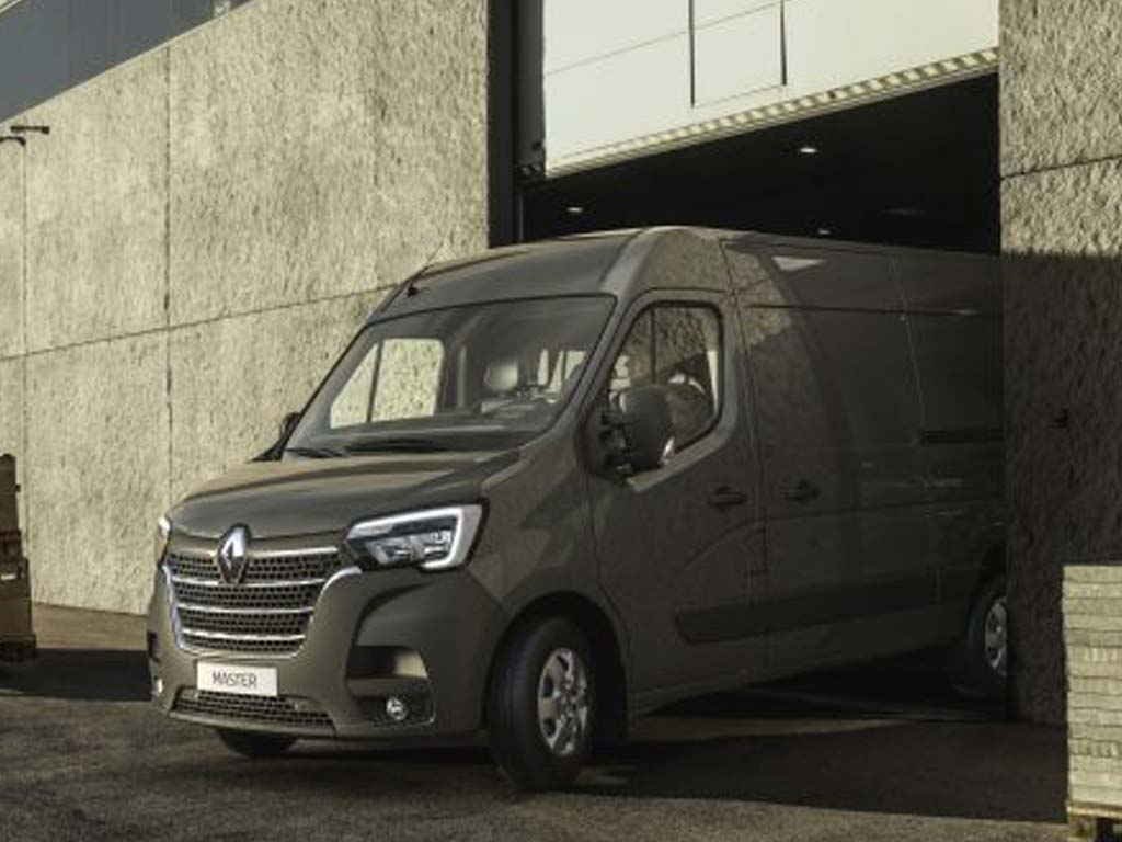 new renault master. Black Bedroom Furniture Sets. Home Design Ideas
